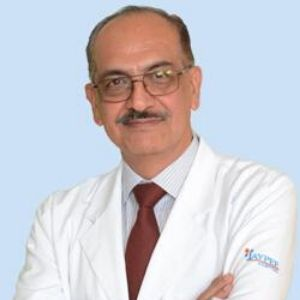Dr. Manoj Luthra