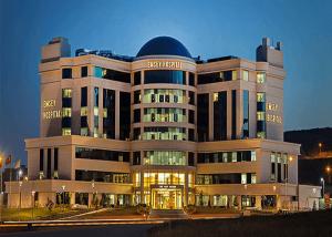 Emsey Hospital1